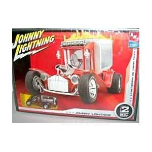 Johnny Lightning 1/25 Ice Cream Truck Car & Model Kit Toys & Games