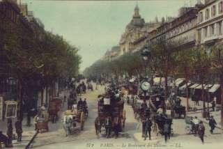Description Late 1800s Paris, France crowded street scene PHOTO