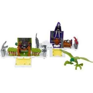 Center Playset with Beast Boy and Raven Action Figures Toys & Games