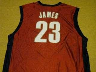LEBRON JAMES CLEVELAND CAVS XL NBA JERSEY SPORT SHIRT