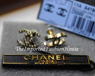 AUTHENTIC CHANEL CLASSIC QUILTED LARGE CC LOGO GOLD STUD POST EARRINGS