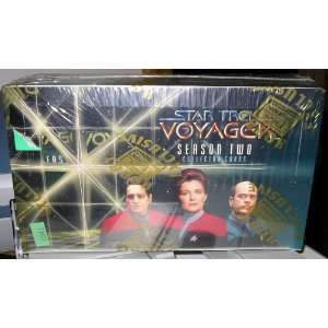 STAR TREK VOYAGER SEASON 2 TRADING CARDS. FACTORY SEALED
