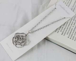 pcs Tibetan silver Rose Flower Pendant Necklaces