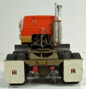 International Eagle, Truck/Tractor Built from Model Kit Vintage, 1/25