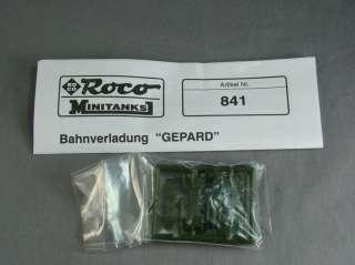 HO ROCO MINITANKS 841 FLAT CAR w/ TANK RLMMPS & GEPARD