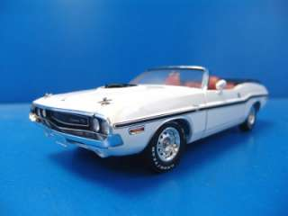 1970 Dodge Challenger R/T Convertible 1/18 Scale Diecast Model