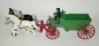 Kenton Cast Iron Horse Drawn Sand & Gravel Wagon   Mint NO RESERVE (DP