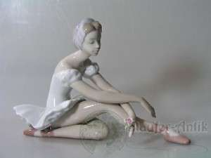 PERFECT LLADRO 5919 ROSE BALLET DANCER FIGURINE