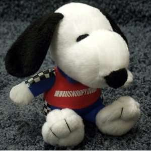 Retired Peanuts Charlie Brown 5 Inch Nascar Snoopy Plush