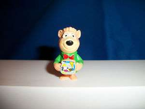 BOO BOO w/ HONEY JAR Kinder Surprise YOGI BEAR 1995 K96