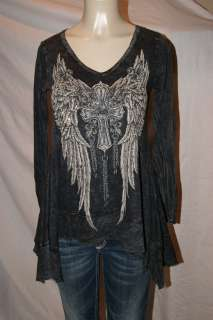 VOCAL BLACK FAITH CRYSTAL ANGEL WING V NECK TOP 7272LV