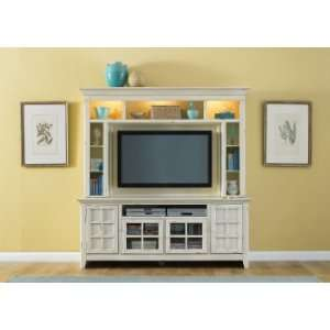 Liberty Furniture Entertainment TV Stand (840   TV00