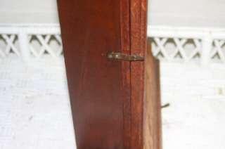 Antique Chiming Wooden Decorative Mantle Clock