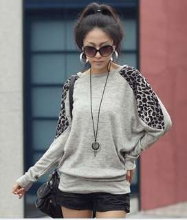 Relaxation Leopard Round Collar Long T Shirt White Blouse Fashion Tees