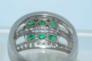 42CT OVAL CUT EMERALD & WHITE TOPAZ RING SIZE 9