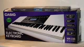 CASIO WK 220 Electronic Keyboard Piano Organ w/Stand AS IS