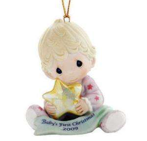 PRECIOUS MOMENTS~BABYS FIRST CHRISTMAS~GIRL~2009~NEW~