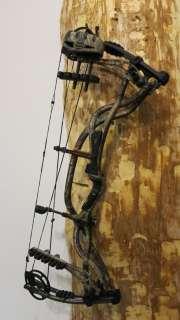 2011 Hoyt Carbon Element Bow Bone Collector Realtree AP Camo, RH, 60