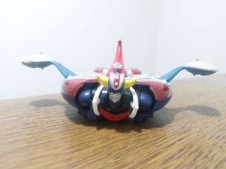 Mini Figurine + Soucoupe GOLDORAK grendizer goldrake robot neuf