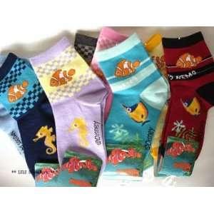 Disney Finding Nemo Footwear Socks for kids  3 pairs Toys & Games