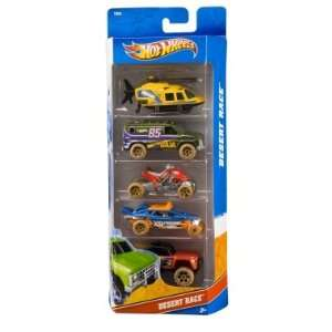 Hot Wheels 5 Car Gift Pack   Desert Race (T8639)  Toys & Games