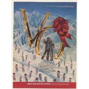 1982 Seagrams V.O. Whisky Gift Boxes Couple in Snow Print Ad (54199